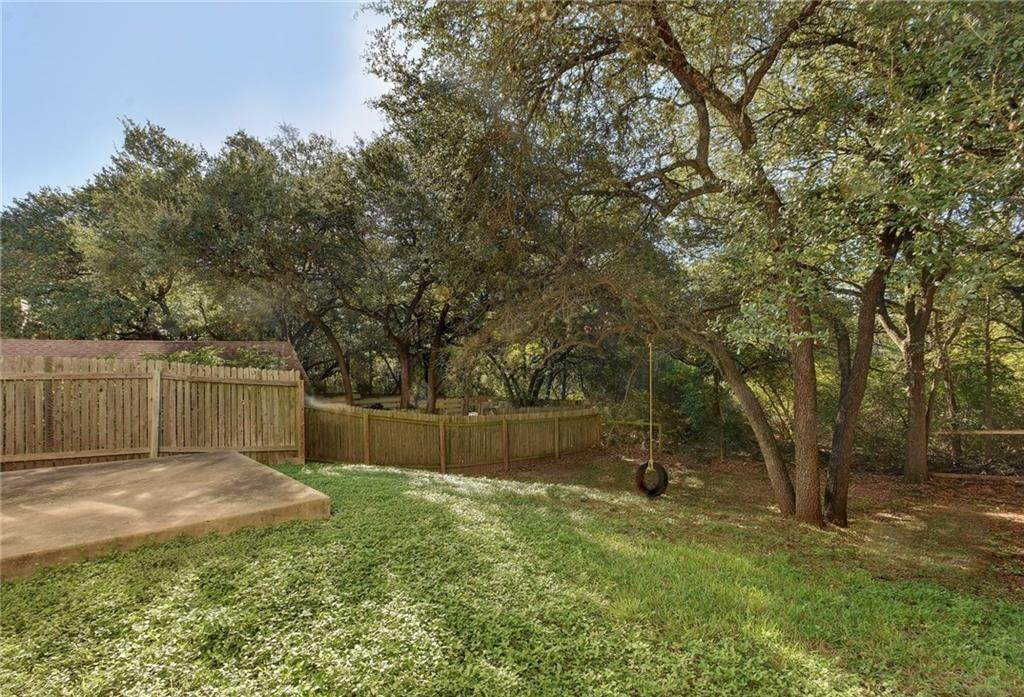 1930 Holly Hill Dr - Photo 1