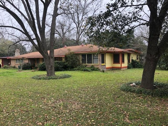 1219 Orange St, Lockhart, TX 78644 (#2079753) :: Papasan Real Estate Team @ Keller Williams Realty