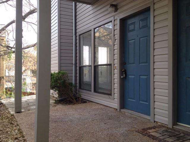 802 S 1st St #101, Austin, TX 78704 (#2106218) :: The Perry Henderson Group at Berkshire Hathaway Texas Realty