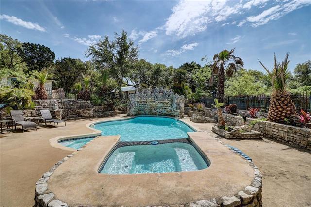9203 La Fauna Path, Austin, TX 78737 (#2136544) :: Ana Luxury Homes