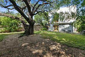 2206 S 3rd St, Austin, TX 78704 (#2152466) :: RE/MAX Capital City