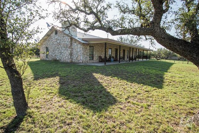 8635 Deer Crossing Dr., Other, TX 76841 (#2193964) :: Papasan Real Estate Team @ Keller Williams Realty