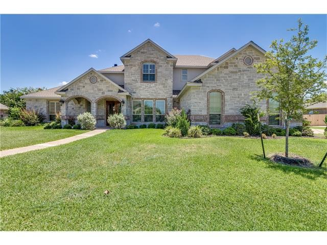 1105 Castle Bluff Cir, Other, TX 76712 (#2201590) :: Papasan Real Estate Team @ Keller Williams Realty