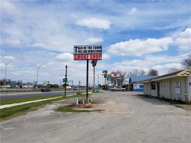 317 Linda Dr, San Marcos, TX 78666 (#2369321) :: The ZinaSells Group