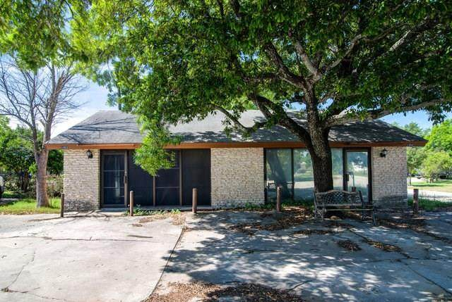 1952 S Austin Ave, Georgetown, TX 78626 (#2445053) :: Lancashire Group at Keller Williams Realty