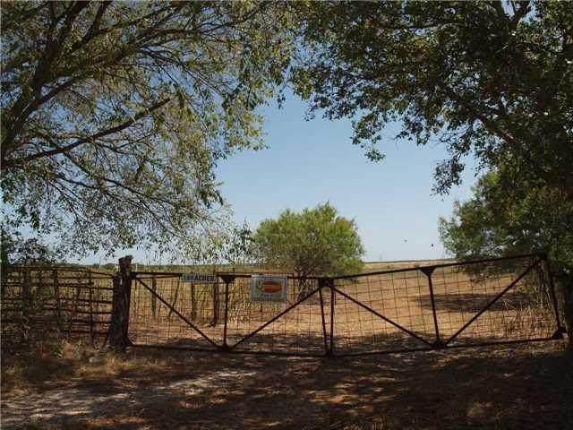 1679 San Marcos Highway, Martindale, TX 78655 (#2467123) :: Papasan Real Estate Team @ Keller Williams Realty