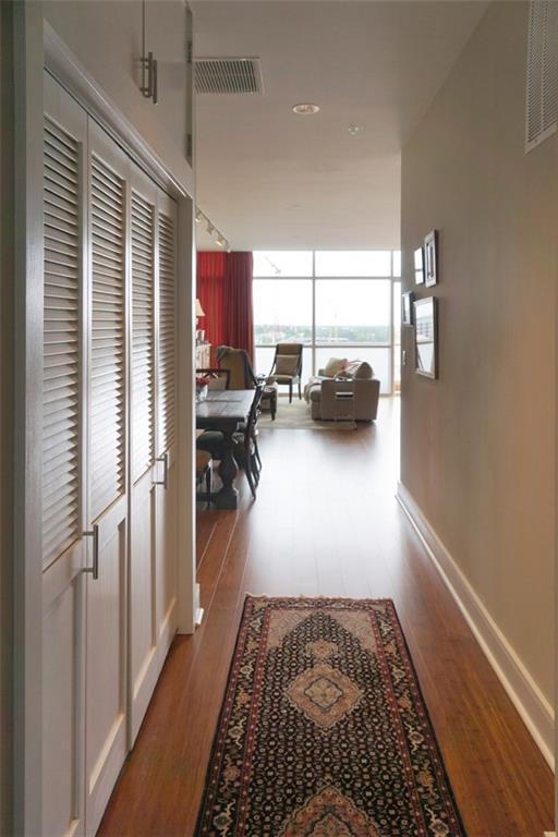 555 E 5th St #719, Austin, TX 78701 (#2486221) :: Papasan Real Estate Team @ Keller Williams Realty