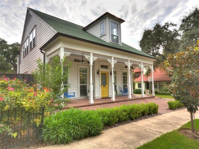 1307 Waller St, Austin, TX 78702 (#2549216) :: Papasan Real Estate Team @ Keller Williams Realty