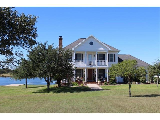 266 Timber Lake Dr, La Grange, TX 78945 (#2622054) :: Papasan Real Estate Team @ Keller Williams Realty