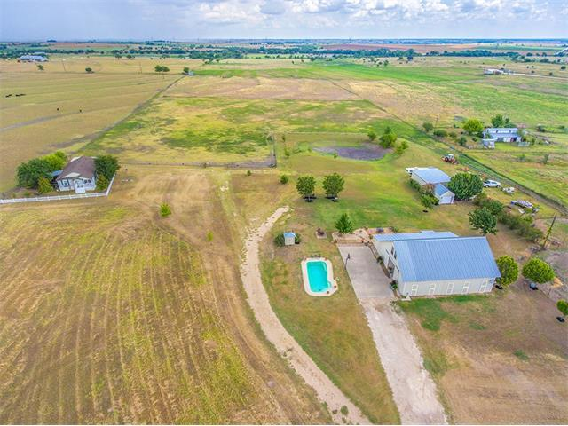 3051 County Road 329, Granger, TX 76530 (#2630300) :: Watters International