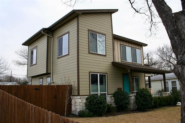 2947 Moss St, Austin, TX 78722 (#2643368) :: Kevin White Group