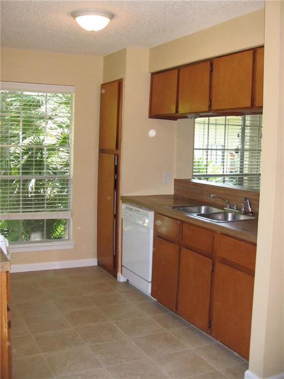112 Meteor Dr, Austin, TX 78745 (#2659495) :: Zina & Co. Real Estate