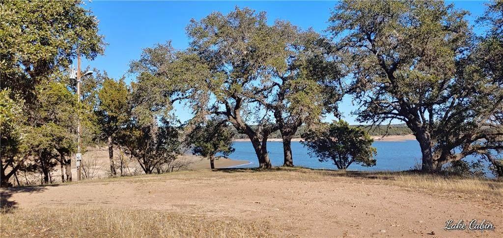 717 Turkey Tree Rd - Photo 1