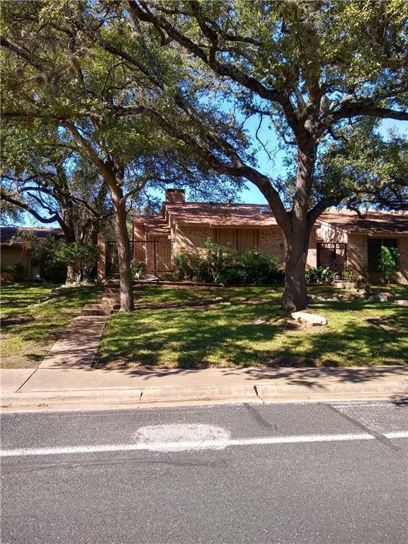 4007 Tealwood, Austin, TX 78731 (#2700531) :: The ZinaSells Group
