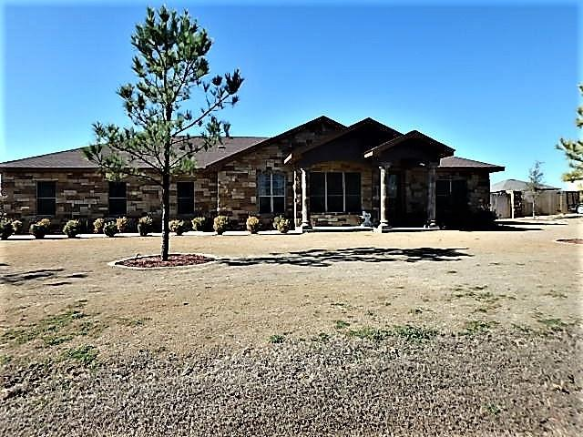301 Meadow Valley Loop, Jarrell, TX 76537 (#2804975) :: Watters International