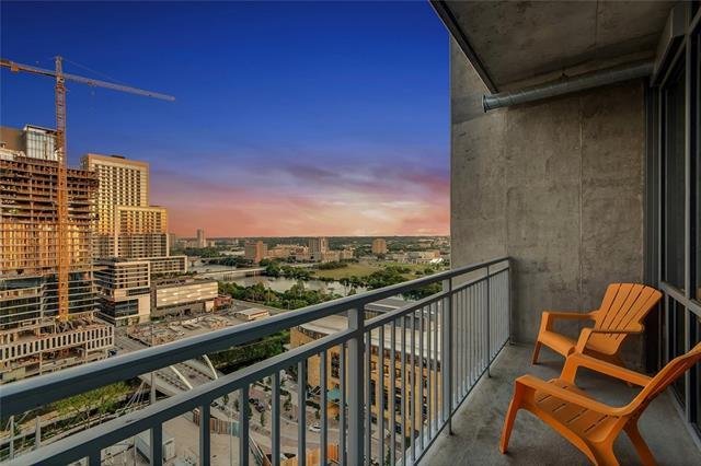 222 West Ave #1903, Austin, TX 78701 (#2822293) :: Forte Properties