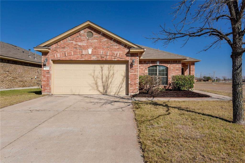 4712 Rolling Water Dr - Photo 1