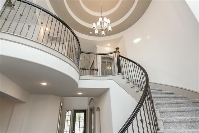 393 San Donato Dr, Lakeway, TX 78738 (#2895803) :: Papasan Real Estate Team @ Keller Williams Realty