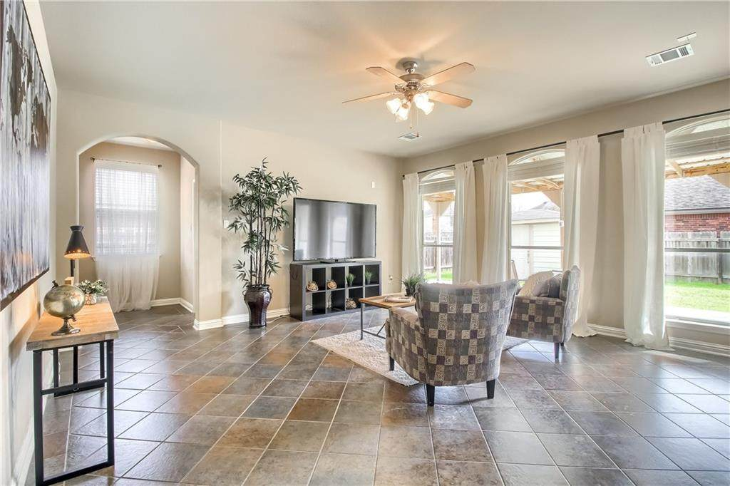10113 Big Thicket Dr - Photo 1