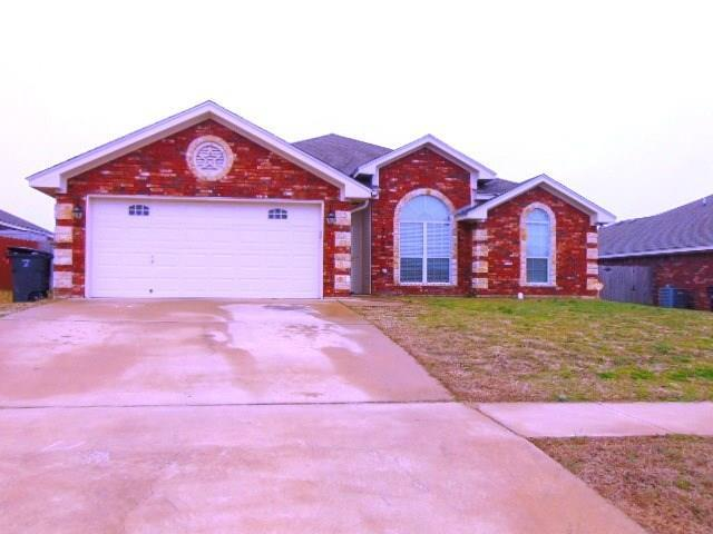 3704 Republic Of Texas Dr, Killeen, TX 76549 (#2965517) :: The Perry Henderson Group at Berkshire Hathaway Texas Realty