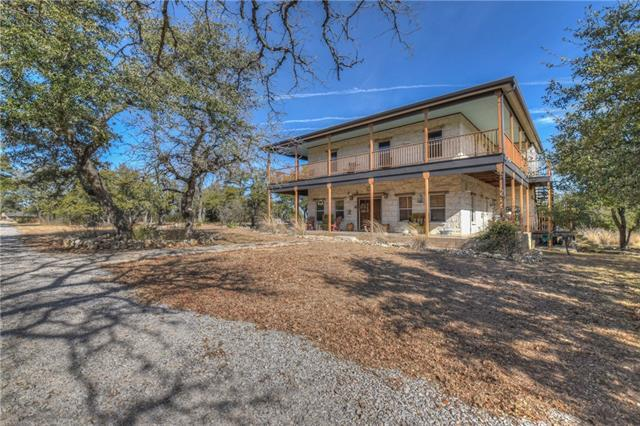 958 Crystal Mountain Dr, Round Mountain, TX 78663 (#2974379) :: The ZinaSells Group