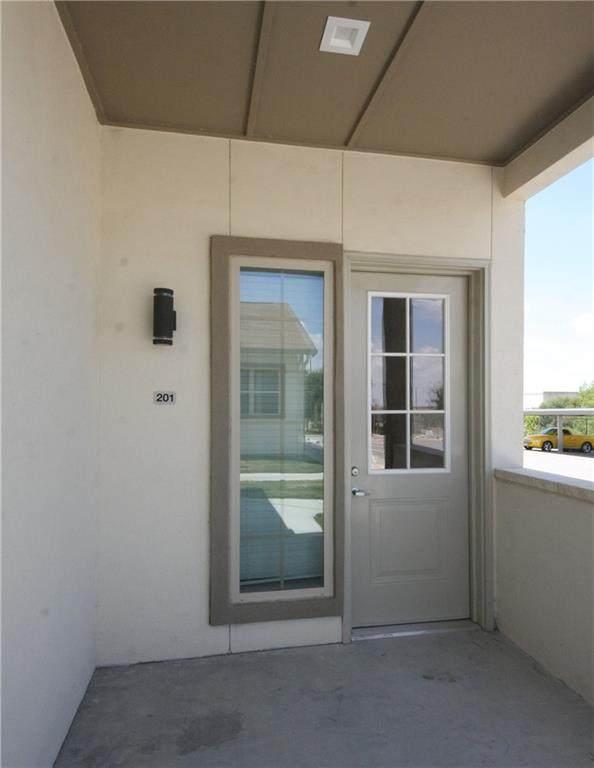 2400 Louis Henna Blvd #301, Round Rock, TX 78664 (MLS #3037610) :: Brautigan Realty