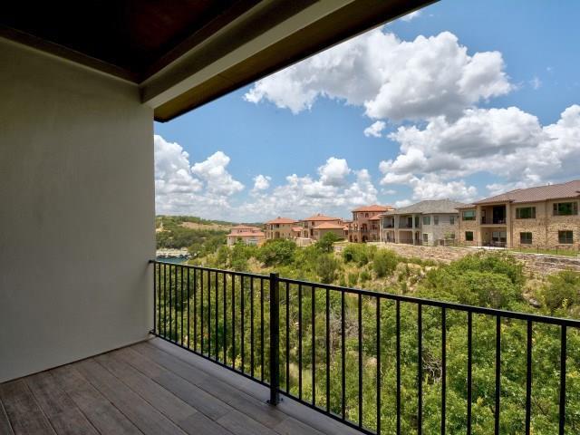 105 Cascading Waters Pl, Lakeway, TX 78734 (#3142558) :: Papasan Real Estate Team @ Keller Williams Realty