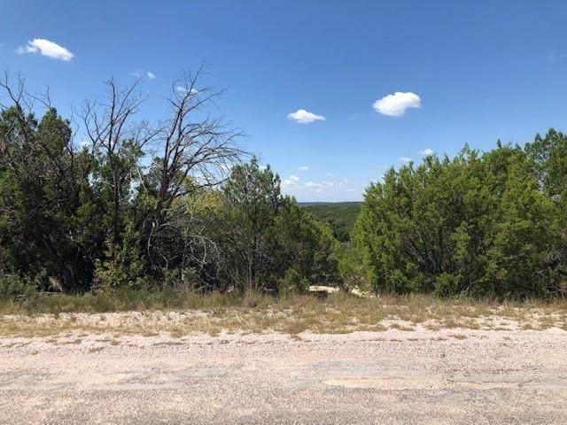 8600 Bronco Ln, Lago Vista, TX 78645 (#3148535) :: Green City Realty