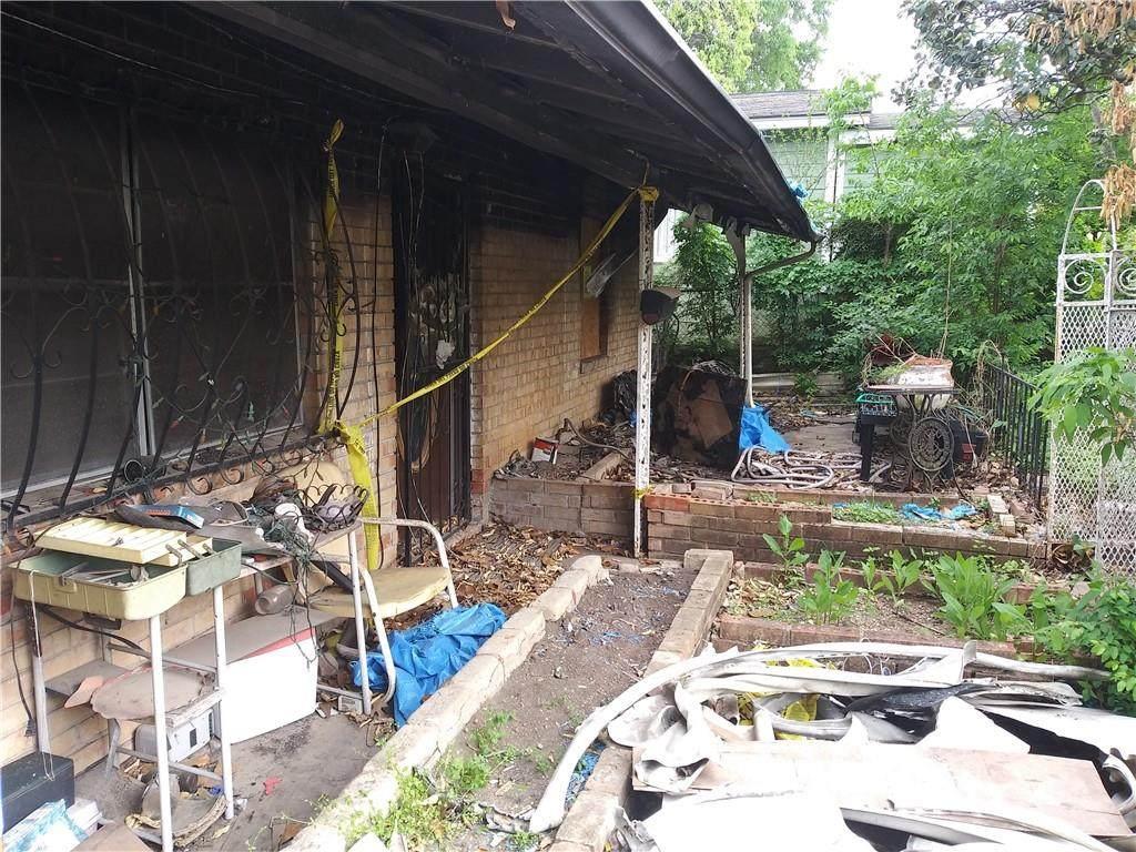 1205 Greenwood Ave - Photo 1