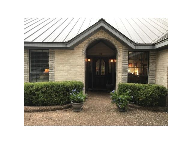 131 Royal Oak Ln, Lakeway, TX 78734 (#3236863) :: Papasan Real Estate Team @ Keller Williams Realty