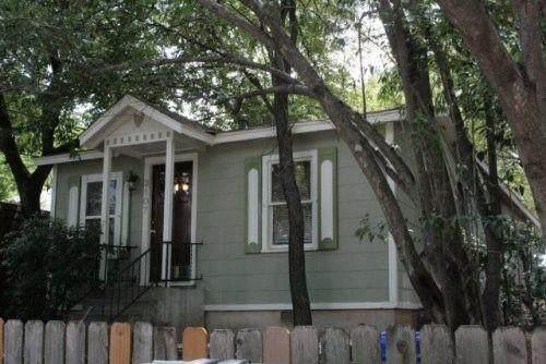 3107 Whitis Ave - Photo 1