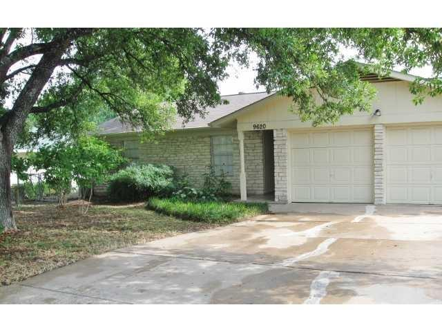 9620 Chukar Cir, Austin, TX 78758 (#3370239) :: RE/MAX Capital City