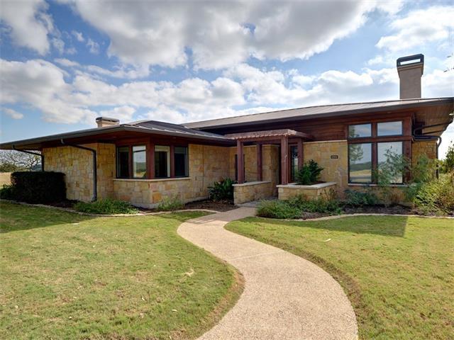 2201 Kahala Sunset Dr, Spicewood, TX 78669 (#3400646) :: Watters International