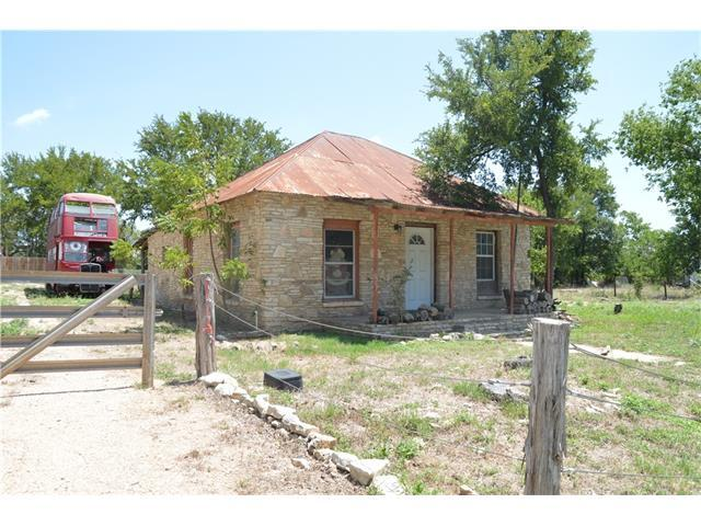 310 Old Fitzhugh Rd, Dripping Springs, TX 78620 (#3418229) :: Magnolia Realty