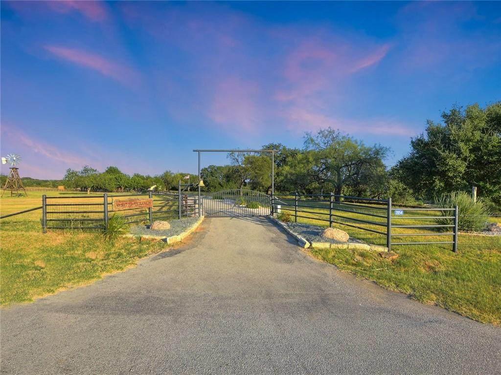 2054 Ranch Road 1320 - Photo 1