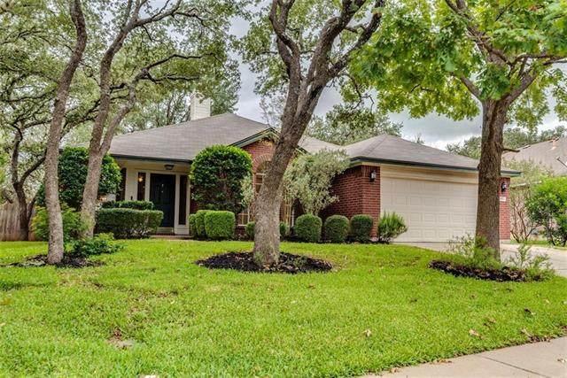 8804 Barrow Glen Loop, Austin, TX 78749 (#3426160) :: Ben Kinney Real Estate Team