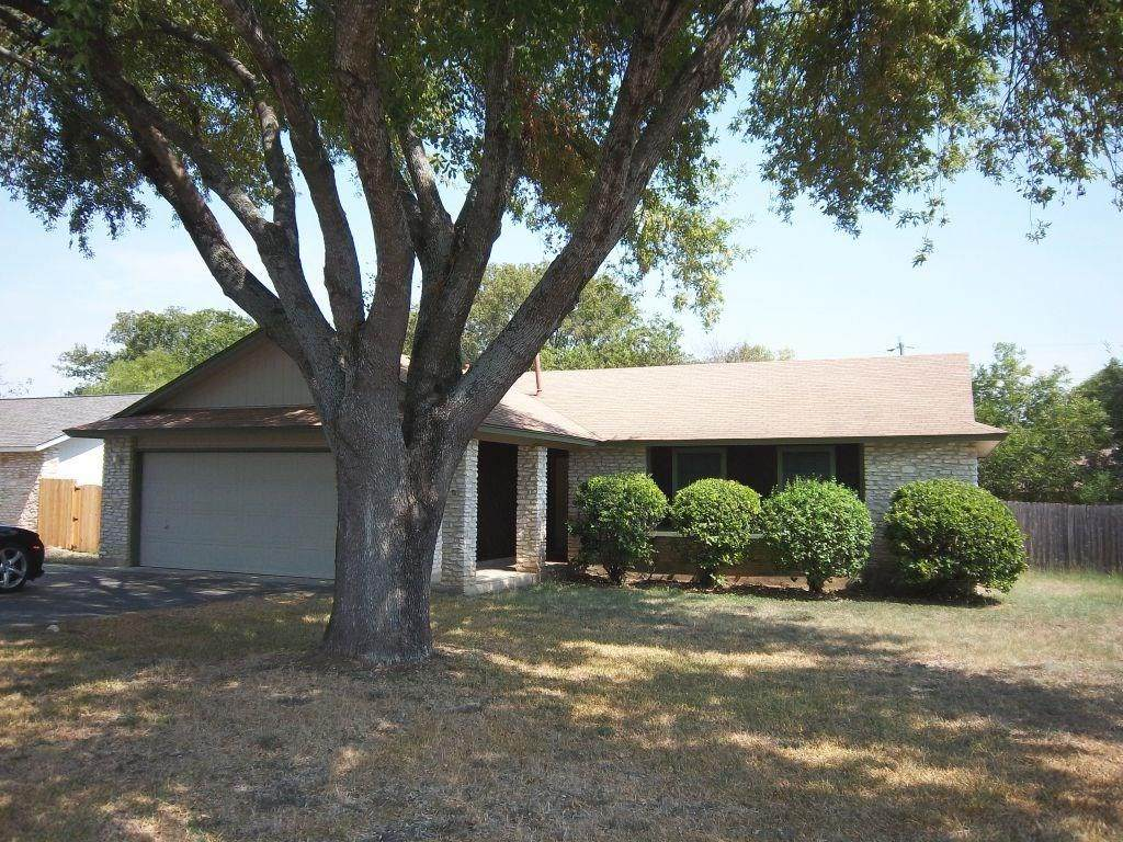 2201 Meadow Brook Dr - Photo 1