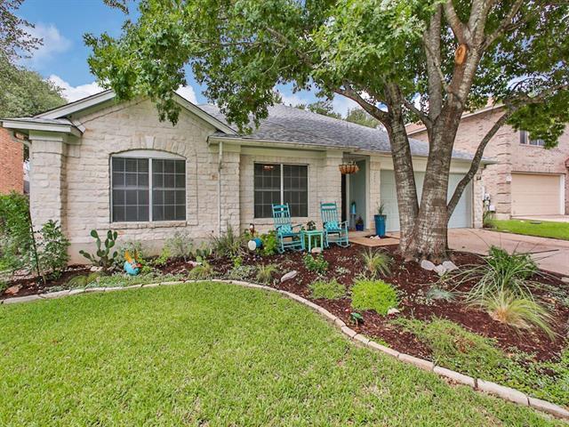 4609 Moose Dr, Austin, TX 78749 (#3548360) :: Ana Luxury Homes