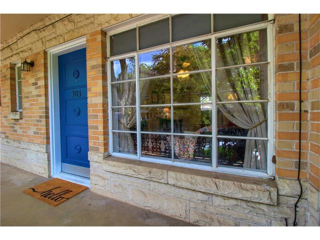 3309 Grooms St 203-2, Austin, TX 78705 (#3559111) :: Papasan Real Estate Team @ Keller Williams Realty