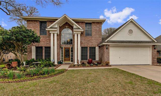 10108 Shinnecock Hills Dr, Austin, TX 78747 (#3585325) :: The Perry Henderson Group at Berkshire Hathaway Texas Realty