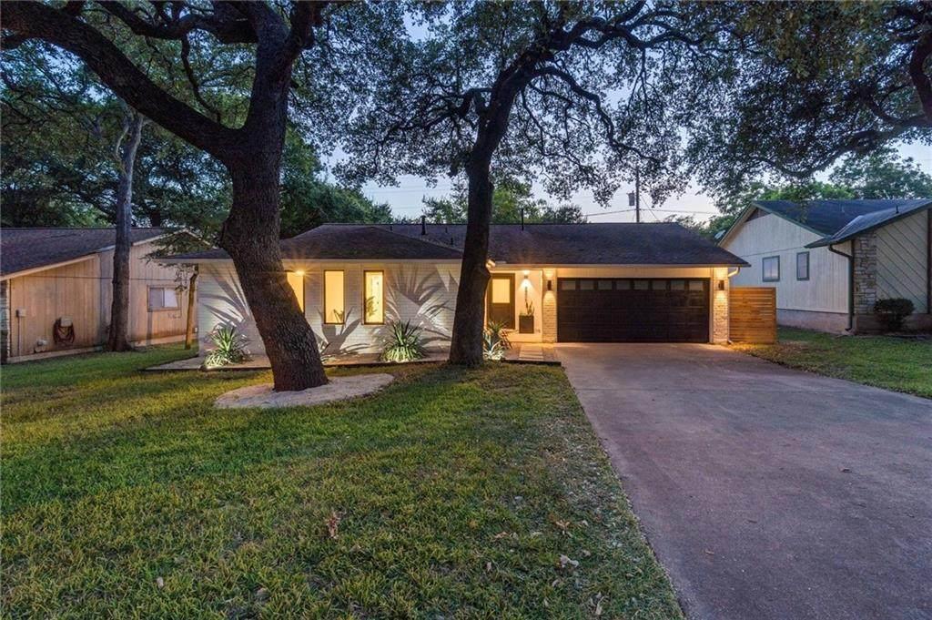 8906 Texas Oaks Dr - Photo 1