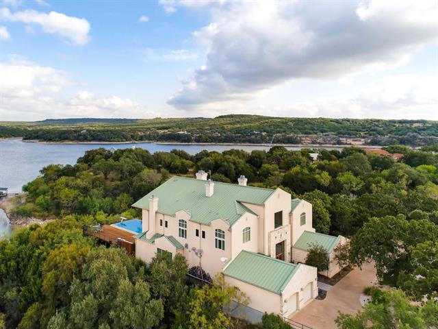 24714 Travis Lakeside Cv, Spicewood, TX 78669 (#3751673) :: Austin Portfolio Real Estate - Keller Williams Luxury Homes - The Bucher Group