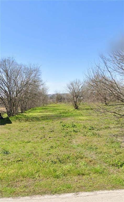 707 N Bastrop St, Manor, TX 78653 (#3754523) :: Papasan Real Estate Team @ Keller Williams Realty