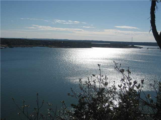 6400 Lantern View Dr, Jonestown, TX 78645 (#3862803) :: Forte Properties