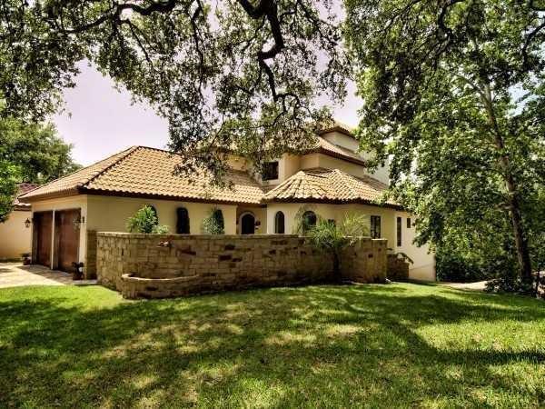 1915 Rue De St Tropez, Austin, TX 78746 (#3888410) :: The Heyl Group at Keller Williams