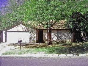 5500 Village Ln, Austin, TX 78744 (#4002382) :: Papasan Real Estate Team @ Keller Williams Realty