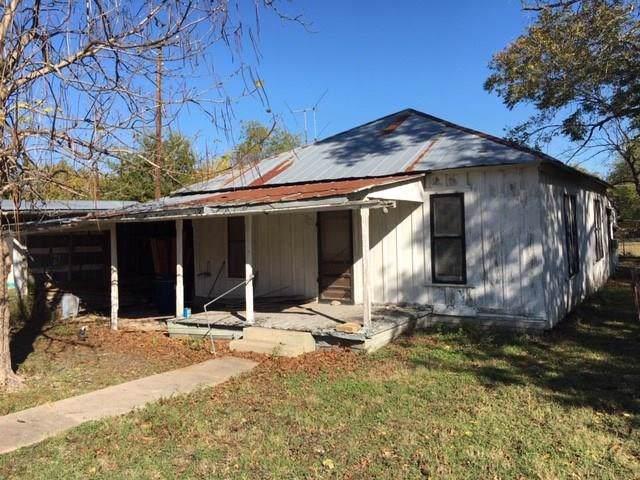 311 S Granger St, Granger, TX 76530 (#4141125) :: Ben Kinney Real Estate Team