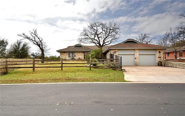 107 Boot Hill Rd, Horseshoe Bay, TX 78657 (#4149581) :: The ZinaSells Group