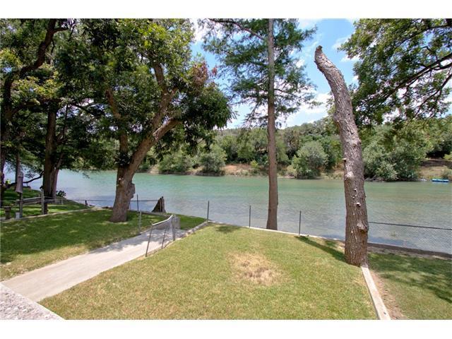 6826 River Rd, New Braunfels, TX 78132 (#4187731) :: Papasan Real Estate Team @ Keller Williams Realty