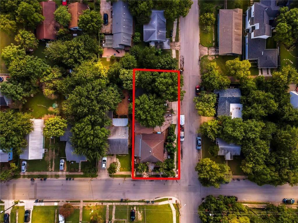1710 Cedar Ave - Photo 1